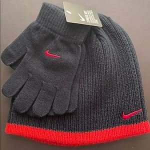 Nike Youth Beanie And Gloves